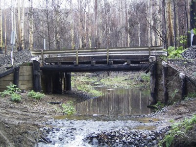 Bridge over Traralgon Creek