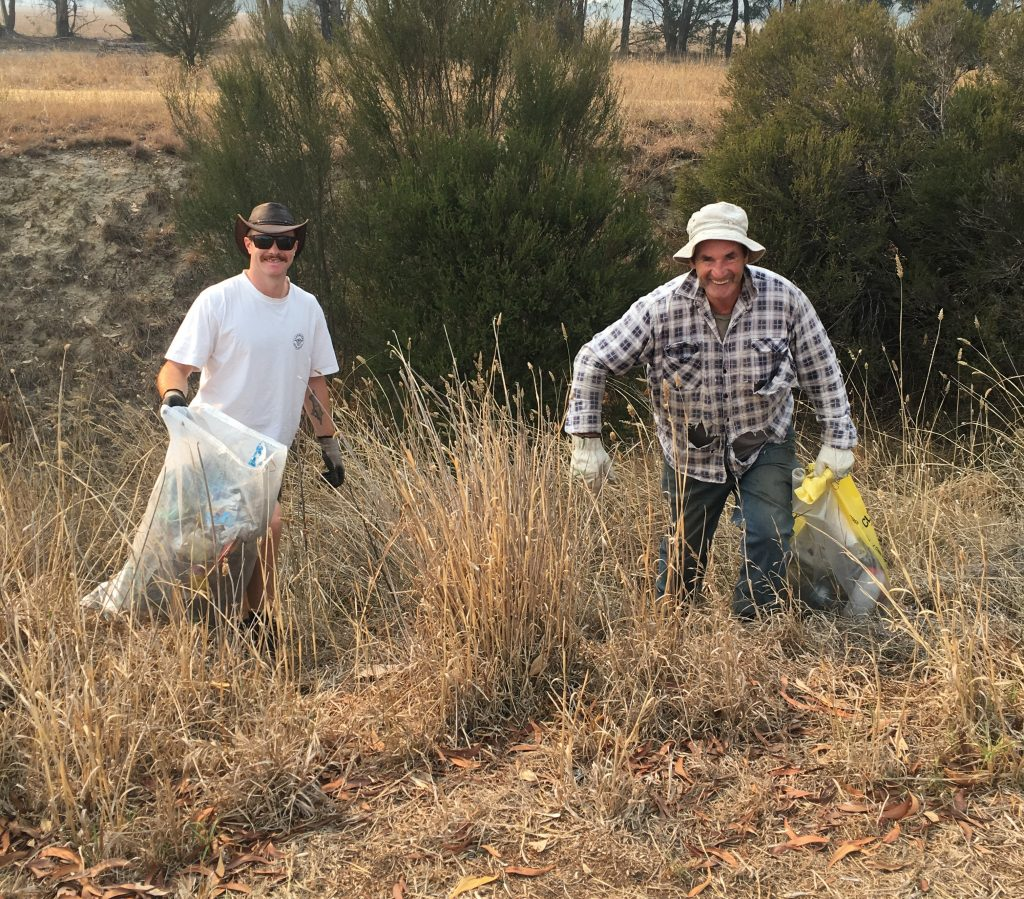 Clean up Australia Day at Glengarry