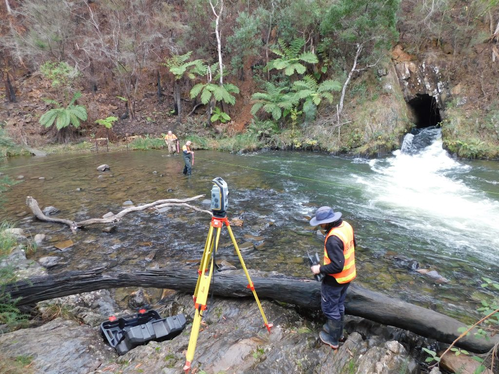 Working on Fishway at Horseshoe Bend