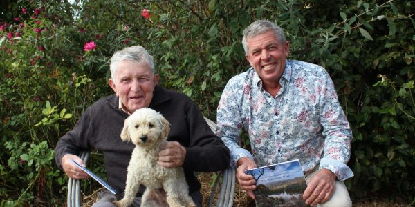 Jack Dwyer Steve Dwyer and Muddy enjoy the Stories of Wirn wirndook Yeerung - The Macalister River